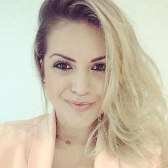 Aline Costa