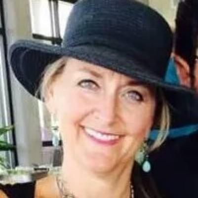 Melanie Schroeder Saccomanno