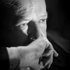 Syrie : Fabius a mangé son chapeau. Bon gré mal gré Laurent Fabius a dû accepter le tête-à-queue décidé par François Hollande. Cd2760c50f7cf5c054ac60d474ab453d?s=240&d=mm&r=g