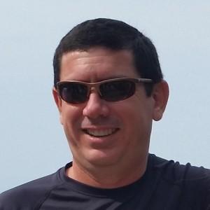 Jorge E. Vélez Hoyos