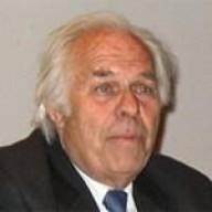Robert CHARVIN